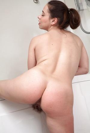 Hairy Pussy Bath