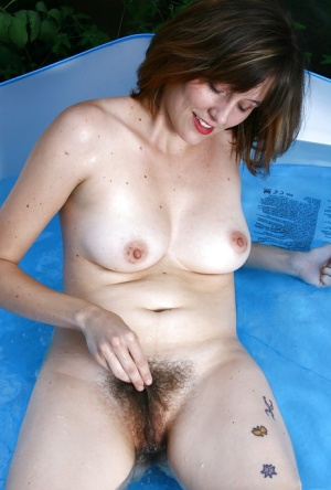 Hairy Pussy In Pool