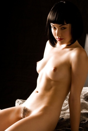 Hairy Pussy Model